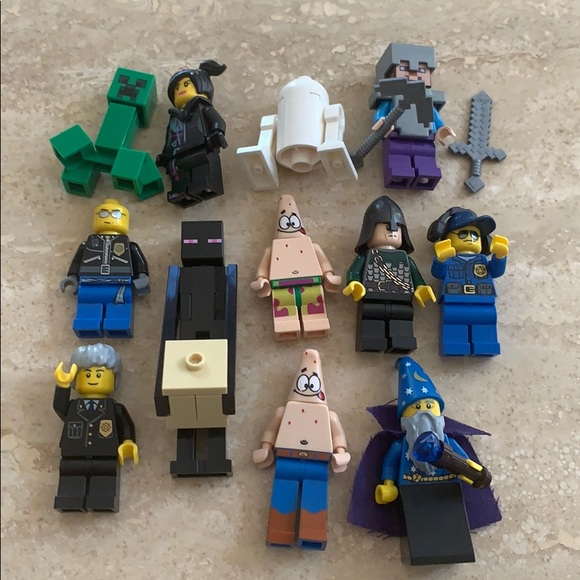 12 bulk buy LEGO Characters Minecraft, Wizard...